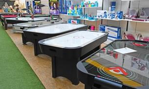Scava Grobbendonk indoor showroom: Airhockeytafels van de merken Garlando, Cougar, Buffalo, Etan